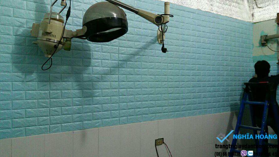 Thi công xốp dán tường 3d